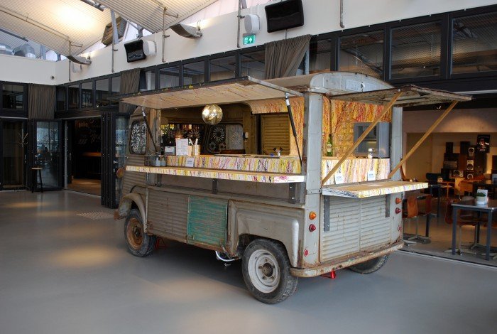 Interieurontwerp lounge-food Student Hotel The Hague